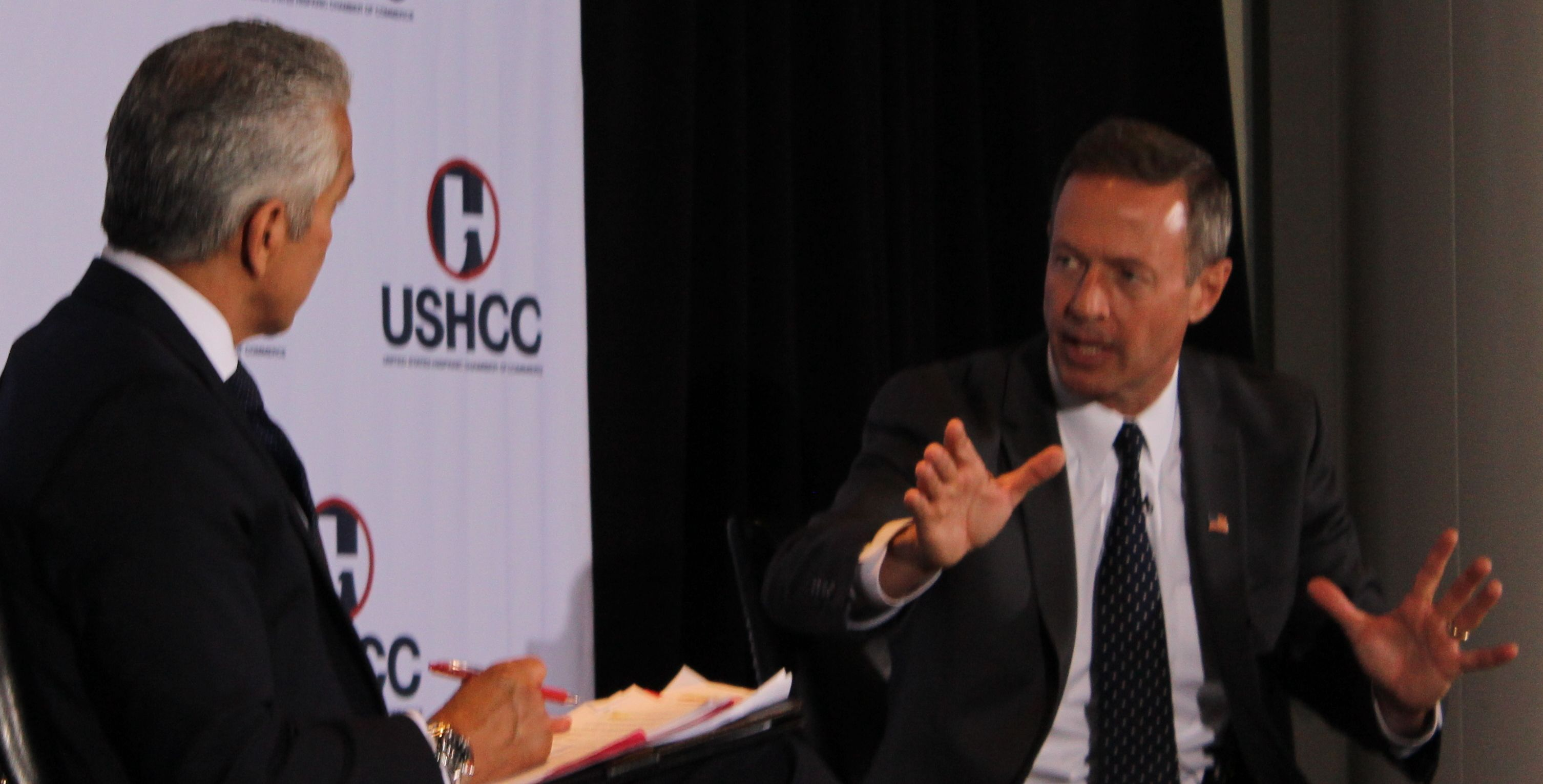 Martin O'Malley and US HCC President Javier Palomarez at Newseum June 3, 2015 (Andrew Kreig photo)
